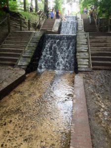 De hoogste waterval van Nederland in Loenen op de Veluw