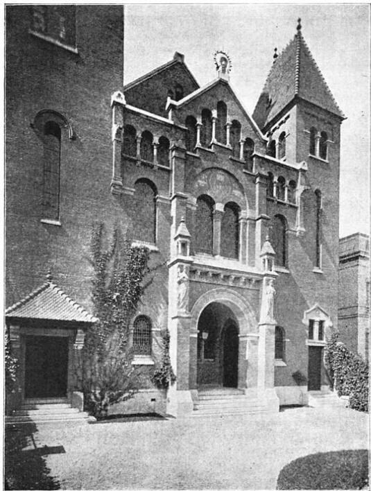 Rotterdam: Hoofdingang van de nieuwe Remonstrantsche Kerk, Wester Singel. (ca. 1905)