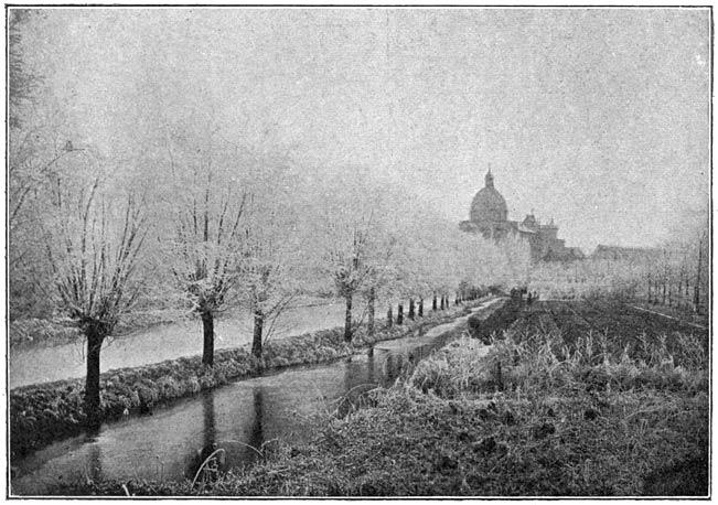 Gezicht op Oudenbosch bij ijzel.