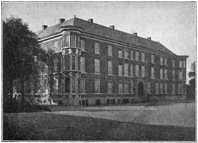 Koninklijke Militaire Akademie te Breda.