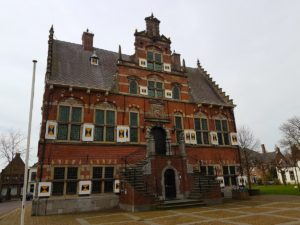 Het in 1621 gebouwde stadhuis van Klundert - (c) 2017 Martin Lambo